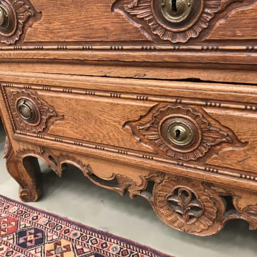18th century Baroque Cabinet Aachen (Germany)- drawers- styylish