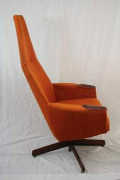 Mid Century High Back Lounge Chair by Adrian Pearsall- side- styylish