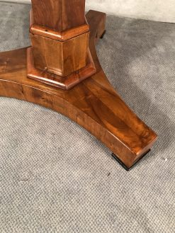 Biedermeier Table walnut- base- styylish