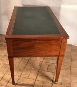 Antique Desk- top- styylish