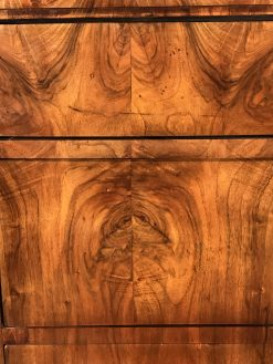 chest of drawers- detail of veneer- styylish
