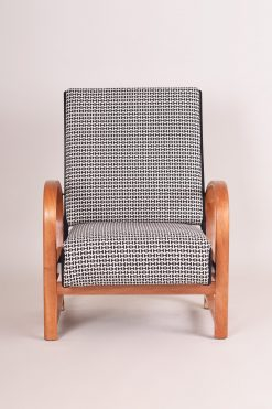 Thonet Armchair- front- styylish