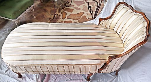 Chaise longue- view from above- styylish