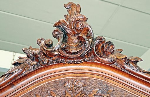 French Country Buffet- top with Rococo carving- styylish