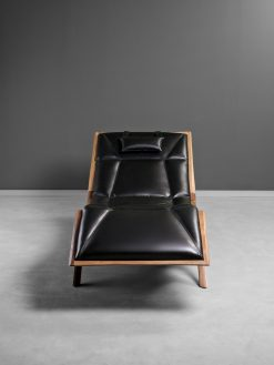 Modern Lounger- Front view- styylish